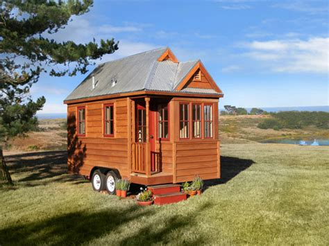 tiny houses movie we the tiny house people by kirsten dirksen a video