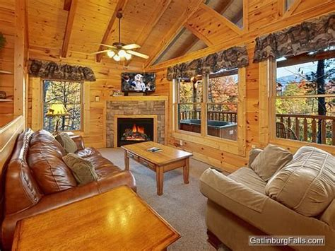 24 best images about gatlinburg luxury cabins on