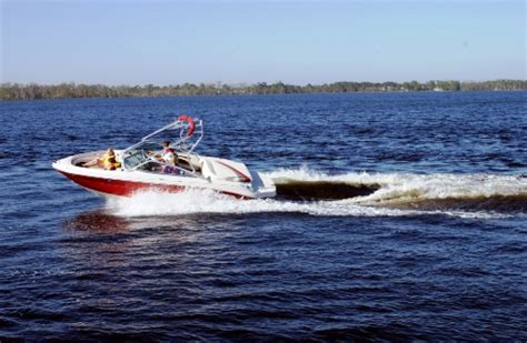 boating accident deaths per year daily boater boating news boating deaths down last year