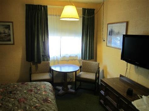 cheap motel rooms breakfast picture of cheap sleep motel whitefish tripadvisor
