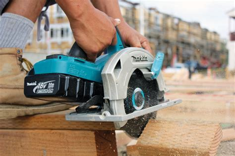 best saw 2017 best top cordless circular saw under 100 for 2017 2018