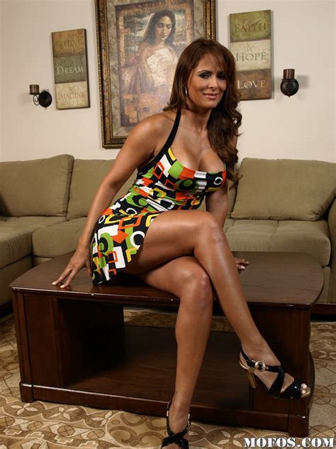 milf latina babe monique fuentest in high heels takes off