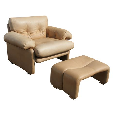 B B Italia Scarpa Leather Coronado Lounge Chair Ottoman