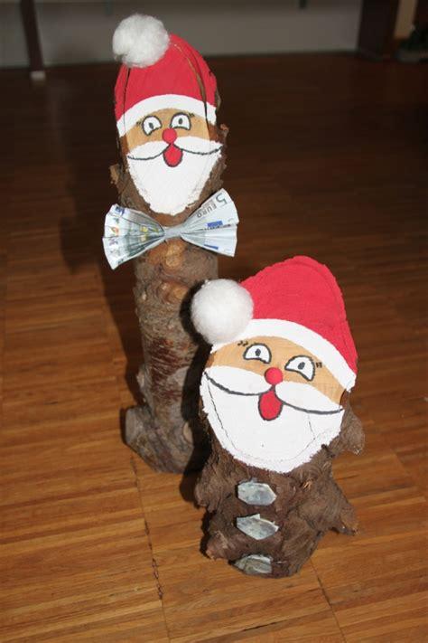 Weihnachtsmann Aus Baumstamm by Anleitung Baumstamm Weihnachtsmann Nikolaus