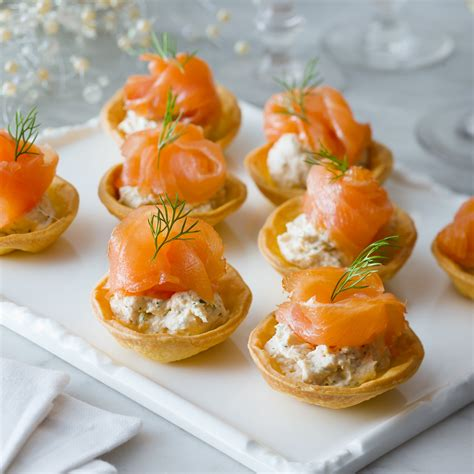 easy smoked salmon canapes recipe pas