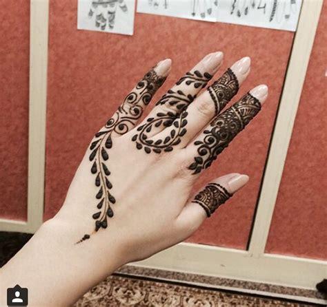 henna tattoo zwart 25 beste idee 235 n henna handen op henna