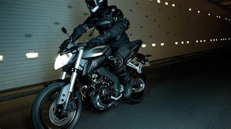 yamaha mt gece motosiklet sitesi