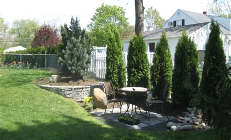 Small Backyard Landscaping Ideas For Privacy Triyae Landscaping Ideas For Small Backyard Privacy Various Design Inspiration For Backyard