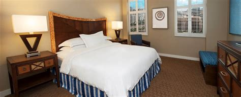 2 bedroom suites in honolulu hawaii 3 bedroom suites in honolulu hawaii home decorations idea