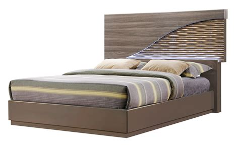 north zebra woodgold  bedroom set  global furniture