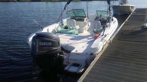 triumph boats dual console 2007 triumph 191 fish ski pleasure boat dual console
