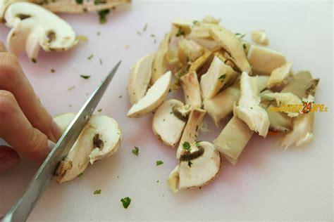cucinare funghi freschi funghi freschi 03 ricette di cucina