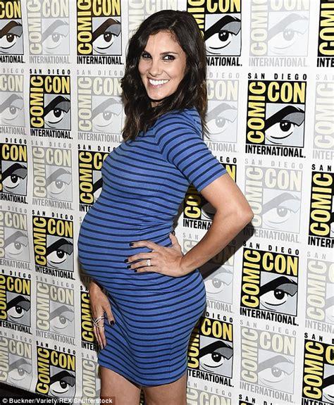 Dress Navycie daniela ruah shows belly in tight blue dress