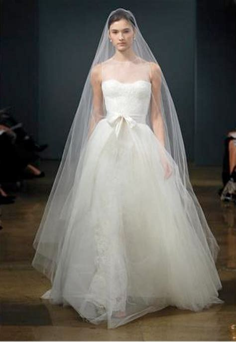 Reese Witherspoon Wedding Dress by Reese Witherspoon Preowned Wedding Dresses