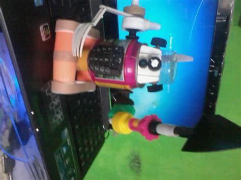 cara membuat robot dari vcd bekas cara buat robot dari barang bekas