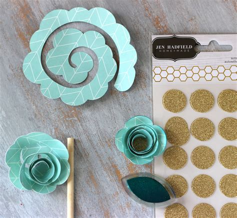 How To Make Rolled Paper Flowers - altered wood memory tray pebbles inc