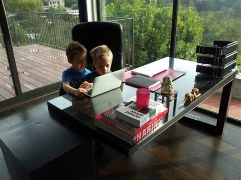 elon musk desk the gallery for gt justine musk sons