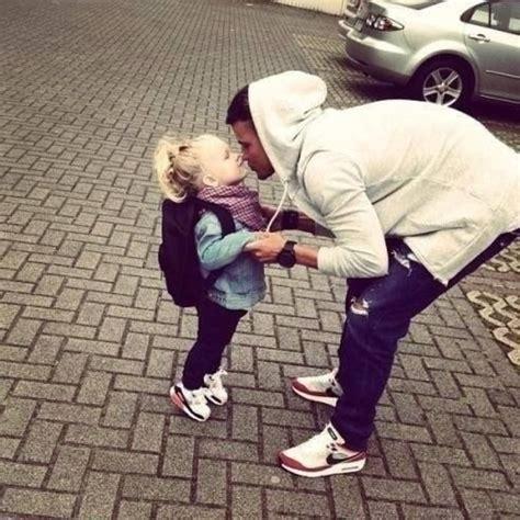 papa coge con su hija 20 cosas que un pap 225 debe hacer con su hija