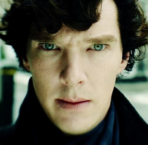 benedict cumberbatch eye color benedict cumberbatch is gorgeous and sounds absolutely