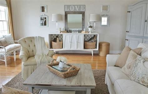 Farmhouse Living Room Decorating Ideas by Comfy Farmhouse Living Room Designs To Rustic