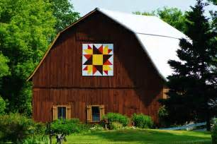 barn artwork collections by carol quilt barn shawano county