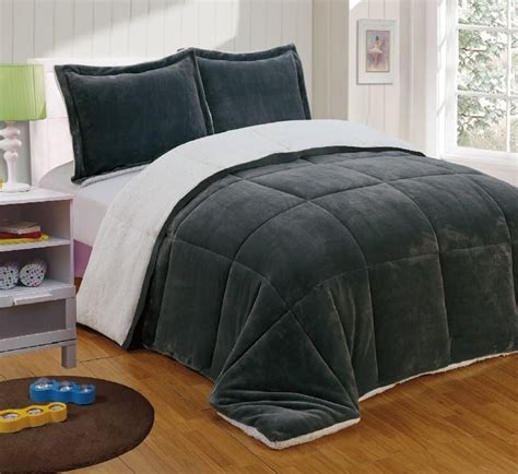 best bed comforter 3 best rated soft comforters available in the market