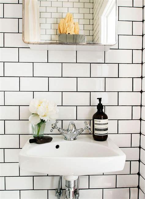 white bathroom tiles with black grout best 25 white tiles black grout ideas on pinterest