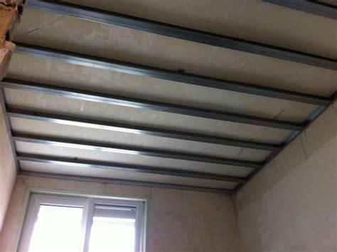 types de rails et montants pour plafond autoporteur placo