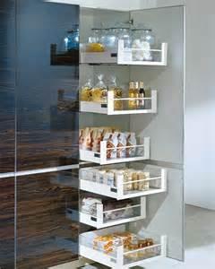 how to build pull out shelves for kitchen cabinets organiza los armarios de la cocina mi casa