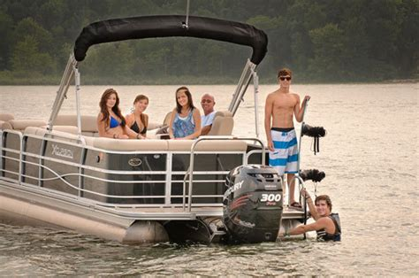 who makes xcursion pontoon boats research 2012 xcursion x19c on iboats