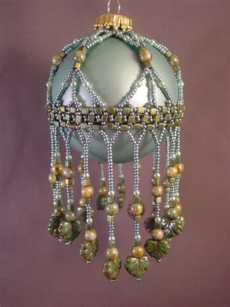 cleopira beaded ornament cover pattern