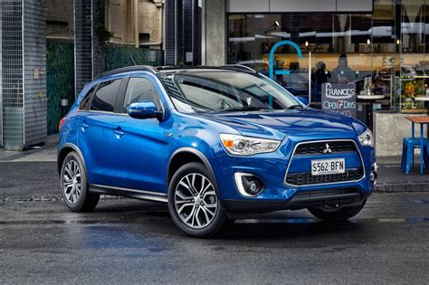 mitsubishi asx 2015 black styling tweaks and digital radio for 2015 mitsubishi asx