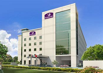 premier inn dubai international airport premier inn dubai international airport hotel 1 2 price
