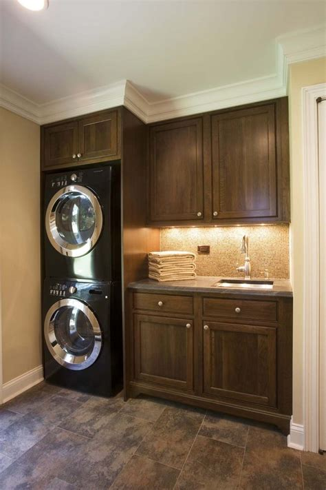 Led Lighting Under Kitchen Cabinets by Under Cabinet Lighting Ideas Laundry Room Traditional With