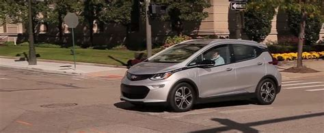2017 chevrolet bolt review can only half on its
