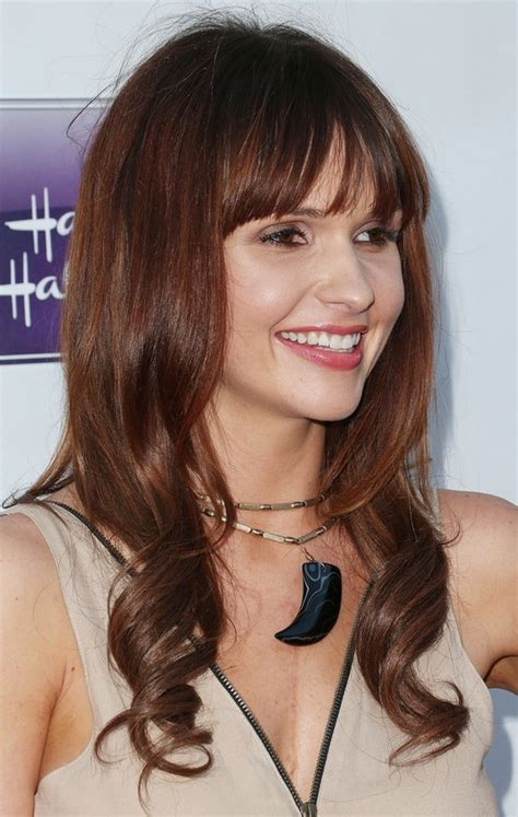 brunette hairstyles with bangs 2014 valerie azlynn pretty long brunette wavy hairstyle with