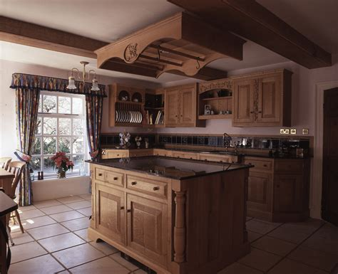 Handmade Oak Kitchens - handmade kitchens surry bespoke kitchens surry free