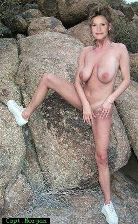 Kyra Sedgwick Nude Sex Porn Images