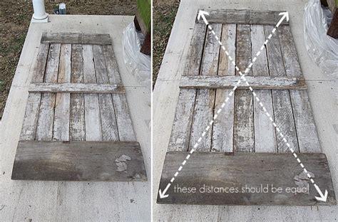 come creare una porta scorrevole fai da te costruisciti una porta scorrevole con i pallet