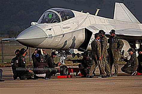 Military Reviews: JF-17 THunder Gallery J 17