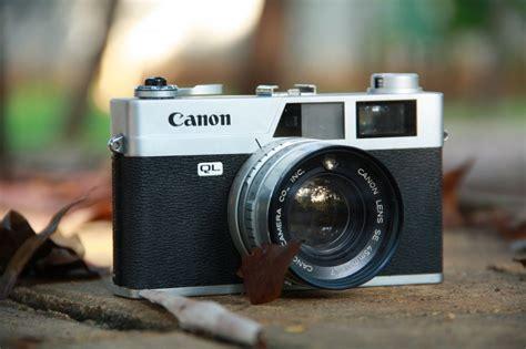 Kamera Canon Canonet Ql17 9 kamera analog ini masih banyak disukai para pecinta fotografi