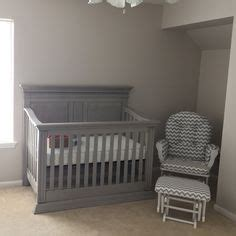 Baby Cache Vienna Crib by 1000 Ideas About Gray Crib On Crib Bedding
