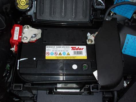Battery Evercross 4l C Original changement oule et batterie sur clio iii renault