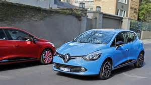Blue Renault Clio Car Picker Blue Renault Clio