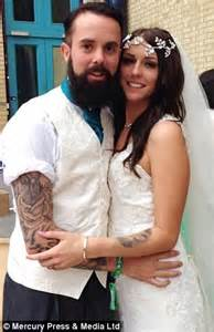 heavily tattooed couple who married in front of 10 000