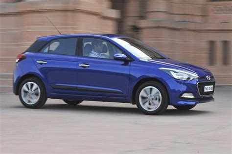 Hyundai i20 Review   Cars First Drive   Premium hatchbacks