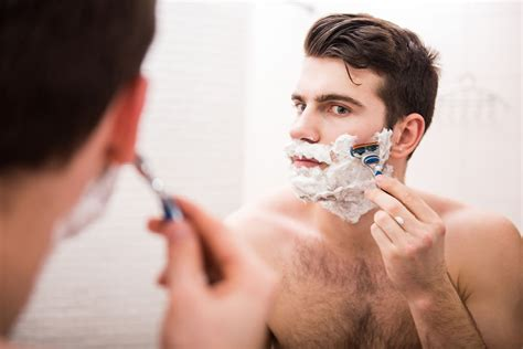 men who shave gillette shave club the best shave money can buy 171 weekly
