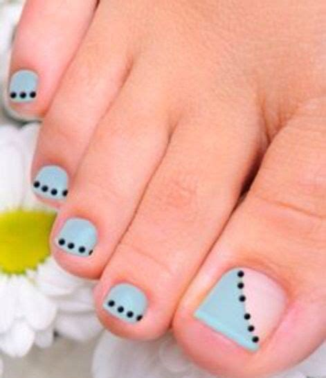 Simple Toenail by 25 Unique Simple Toenail Designs Ideas On