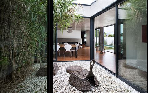 Maison Patio Interieur by Maison Patio 224 Toulouse Seuil Architecture