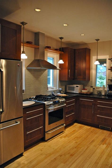backsplash to match cherry cabinets 68 best images about contemporary country kitchens on